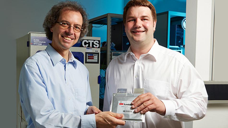 Siemens-Forscher entwickelten imVerbundprojekt EiSiBatt eine neue Zellchemie zur Anwendungsreife weiter. Damit sind erstmals Lithium-Ionen-Batterien mit 20.000 Ladezyklen möglich.