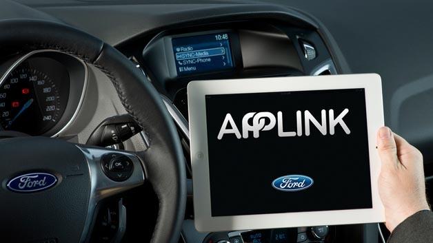 Ford und der Pinguin Verlag bieten eine Hörbuch-App für Fords Infotainment-System Sync an.