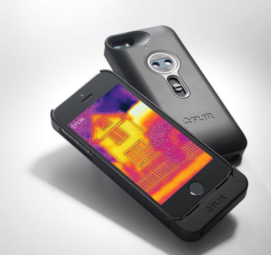 Als Aufsteck-Schale gibt es die Wärmebildkamera für das iPhone nun im Handel