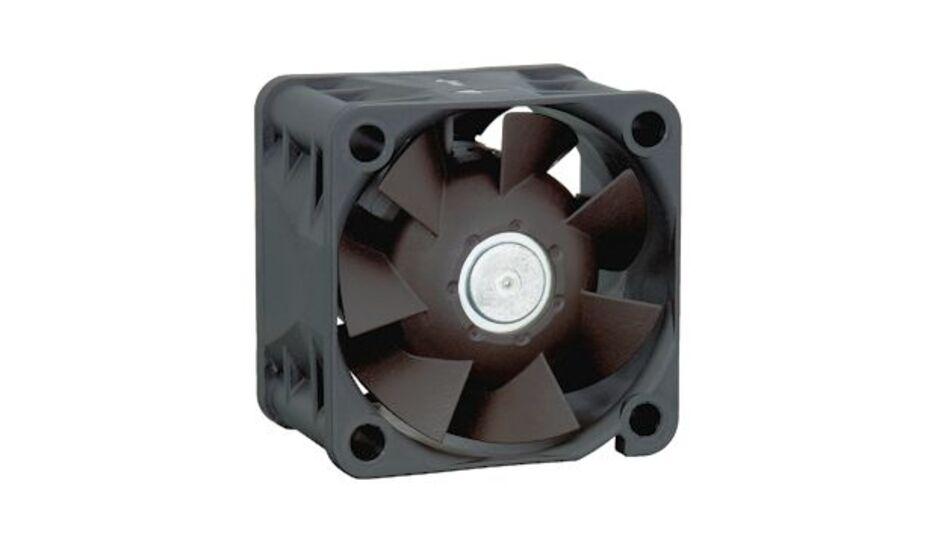 Der neue Kompaktlüfter 420J ist ideal für die HotSpot-Kühlung geeignet