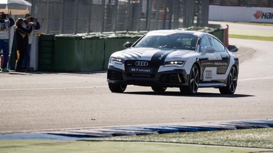 Die Runde am Hockenheimring von 4,574 km fuhr Bobby völlig autonom.