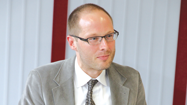 Dr. Malte Welters