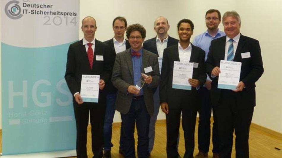 Das Entwickler-Team der Blurry-Box-Kryptographie erhielt während der Preisverleihung die Auszeichnung für den ersten Platz des 5. Deutschen IT-Sicherheitspreises.