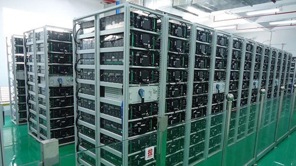 Die 40-MWh-Batterie besteht laut BYD aus rund 60.000 Lithium-Eisenphosphat-Zellen mit je 230 Ah.