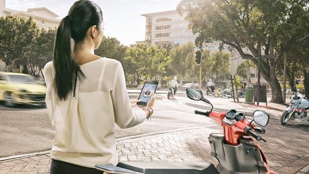 Mit der elektronisch gesteuerten Einspritzung macht Bosch Motorräder weltweit sparsamer und legt damit die Basis für das vernetzte Zweirad.
