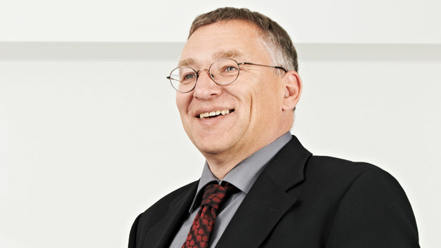 Wolfram Walter, Geschäftsführer der ASD Automatic Storage Device GmbH: »Ich glaube nicht, dass in fünf Jahren noch Speicher mit reihengeschalteten Zellen hergestellt werden. Pacadu ist ein Paradigmenwechsel.«