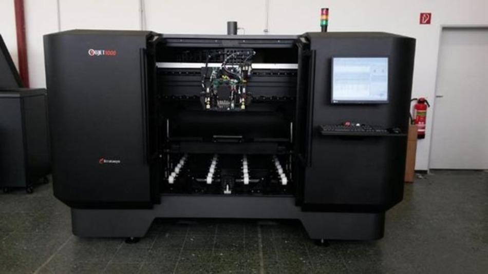 Wesentliche Teile des Prototyps stammen aus dem 3D-Drucker Objet1000 von Stratasys.