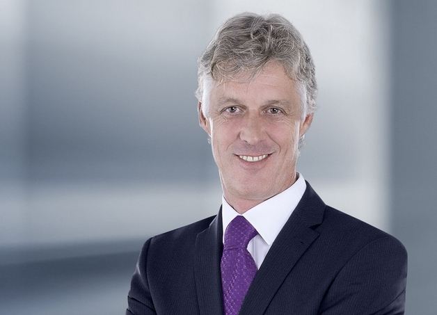 """""""Hohe Flexibilität, Effizienz, Qualität und Sicherheit – das sind die Eigenschaften, die den TS 8 zum Renner weltweit gemacht haben"""", erklärt Dr. Thomas Steffen, Geschäftsführer Forschung und Entwicklung bei Rittal."""