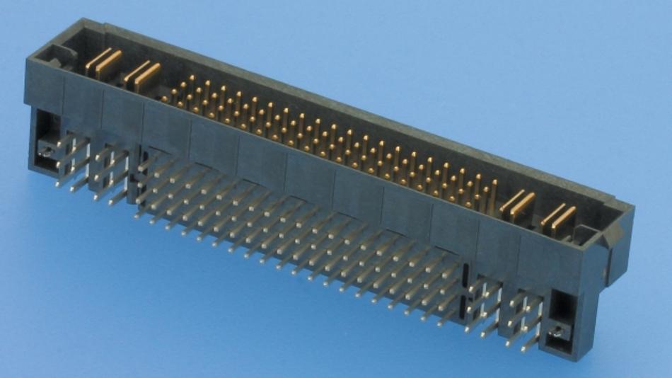 Platzsparend und leistungsstark sind die neuen Hybrid-Steckverbinder, die als Einlötversion zu haben sind