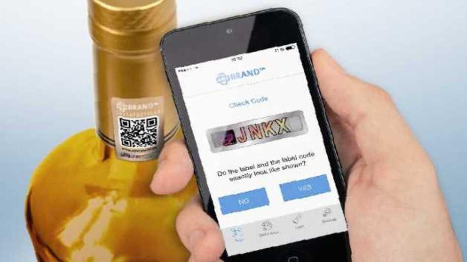 Original oder Fälschung? Mit der »tesa dtect App« lässt sich das schnell herausfinden