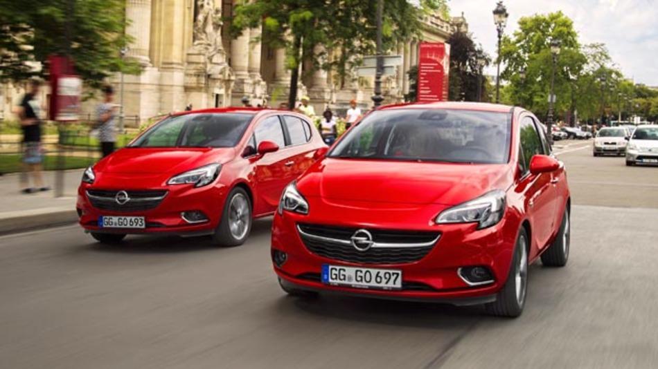 Unfallrisiko toter Winkel: mit dem Toter-Winkel-Warner von Opel wird die Gefahr von daraus resultierenden Kollisionen reduziert.