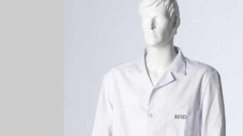 Ziel eines gemeinsamen Forschungsvorhabens der GERA-IDENT GmbH und der Hohenstein Institute in Zusammenarbeit mit der HB Schutzbekleidung GmbH war die Entwicklung neuartiger ESD-Kleidung, bei der die Prüfung der ESD-Funktion berührungslos und damit wesentlich effizienter erfolgt.