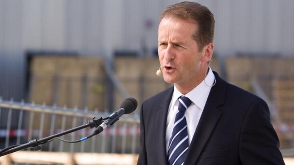Zum 01.10.2015 wird Herbert Diess, derzeitiger Vorstand für den Bereich Entwicklung bei BMW, den Vorsitz des Markenvorstands Volkswagen Pkw antreten.