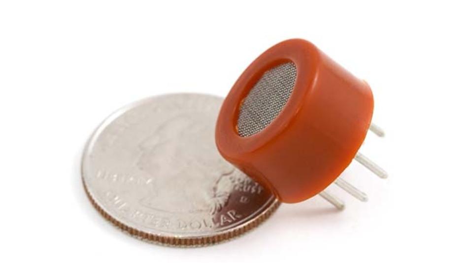 Ein kostengünstiger Sensor erlaubt unkomplizierte Atemluft-Alkohol-Analysen.