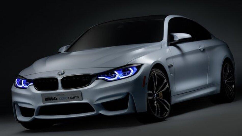 Die Frontscheinwerfer des BMW M4 Concept Iconic Lights arbeiten mit Laser-Technologie.