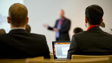 Konferenzteilnehmer und Sprecher