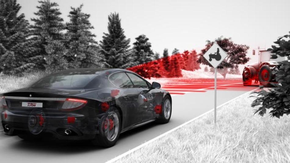 TRW entwickelt bereits seit den frühen 1970er Jahren Fahrerassistenztechnologien und liefert ab 2017 seine neuesten Kamera- und Radarsensoren in alle Peugeot, Citroën und DS-Modelle. Außerdem übernimmt der Zulieferer die gesamte Systemintegration und die Funktionsentwicklung.