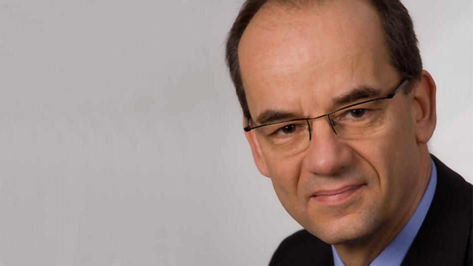 """""""Die deutsche Elektrotechnik- und Elektronikindustrie ist eine dynamische und erfolgreiche Branche"""", so Frank Bechtloff. """"Durch die global voranschreitenden Veränderungen ergeben sich große Herausforderungen für die ZVEI-Mitgliedsunternehmen""""."""