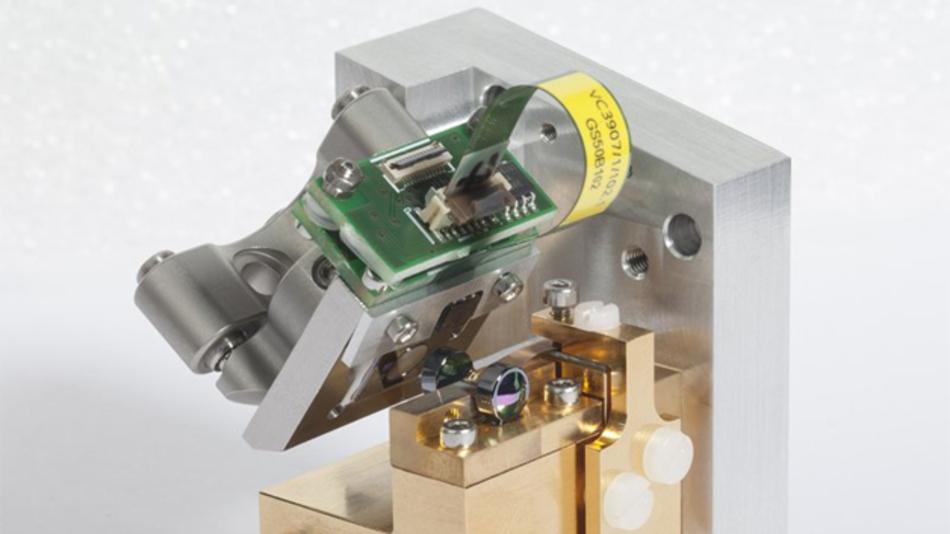So klein wie ein Stück Würfelzucker kann das Spektrometer Gefahrstoffe in der Luft erkennen.
