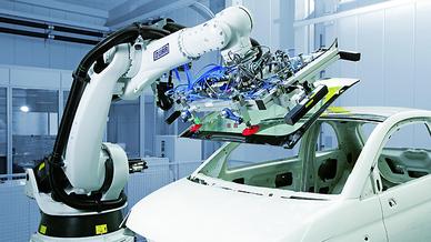 Roboter von Dürr in der Automobilproduktion