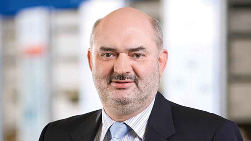 Joachim Kaiser, Rutronik  »Alle Niederlassungen  und Lager weltweit greifen auf dieselben IT-Systeme zu, das gilt im einfachsten Fall für die Projektdatenbank, genauso aber auch für das Warenwirtschafts- und Lagerverwaltungssystem. Wir haben aber nicht nur eine zentrale EDV, sondern EINE zentrale Datenbank.«
