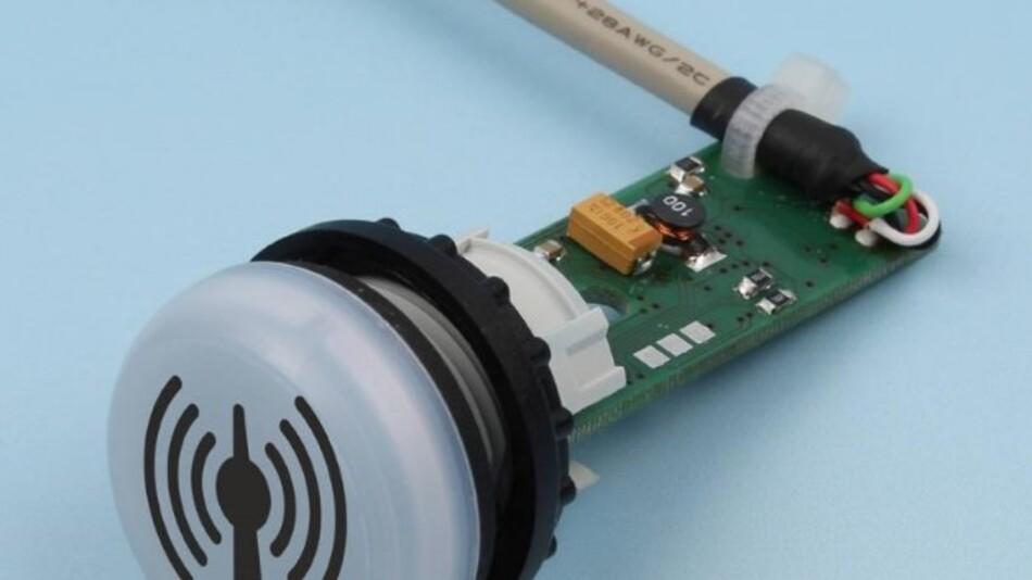 Zeitcontrols RFID-Reader TagTracer Industrie Mifare passt wegen der geringen Einbautiefe auch in flache Bedienterminals.