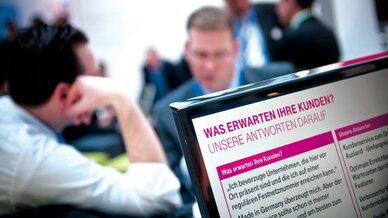 Call- und Contact-Center-Lösungen zum Anfassen gibt es auf der CCW 2015 – oder auf den Websites einschlägiger Anbieter wie beispielsweise der Telekom unter www.telekom.de/contact-center-solutions...