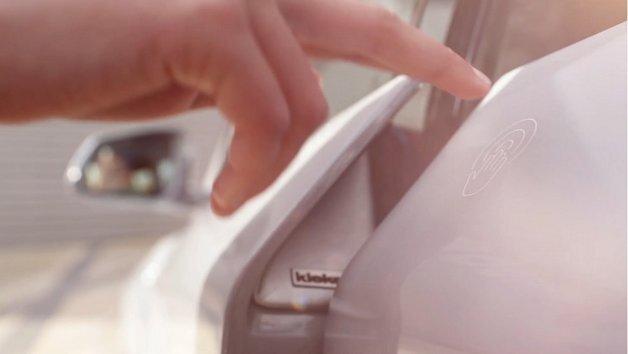 Ein Fingerzeig genügt, um die Autotür zu öffnen.