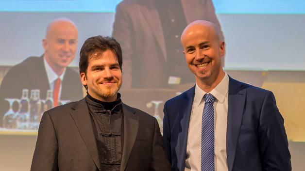 01Prof. Matthias Spörrle (TU München und Hochschule für Angewandtes Management, Erding) und Matthäus Hose (WEKA FACHMEDIEN) luden Mediaexperten zum 9. Mal auf den MEDIA SUMMIT.