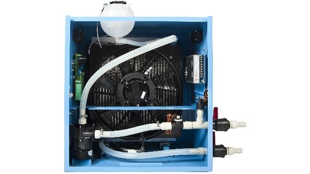Die Lebensdauer des Flüssigkeits-Kühlsystems »HydroSink« beträgt über 50.000 Stunden.