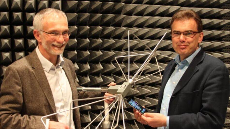 Die Professoren Uwe Meier (links) und Jürgen Jasperneite vom inIT gehen mit Zuversicht in die neue Entwicklung.