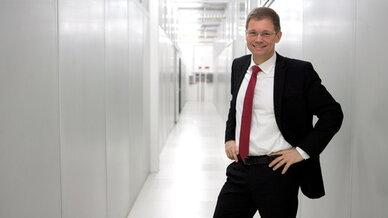 Peter Knapp, Geschäftsführer von Interxion Deutschland