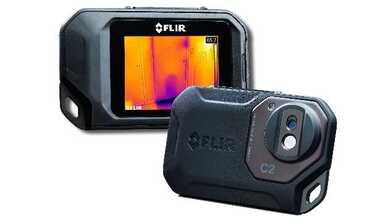 Die kompakte IR-Kamera C2 von Flir für den professionellen Einsatz passt in jede Hosentasche