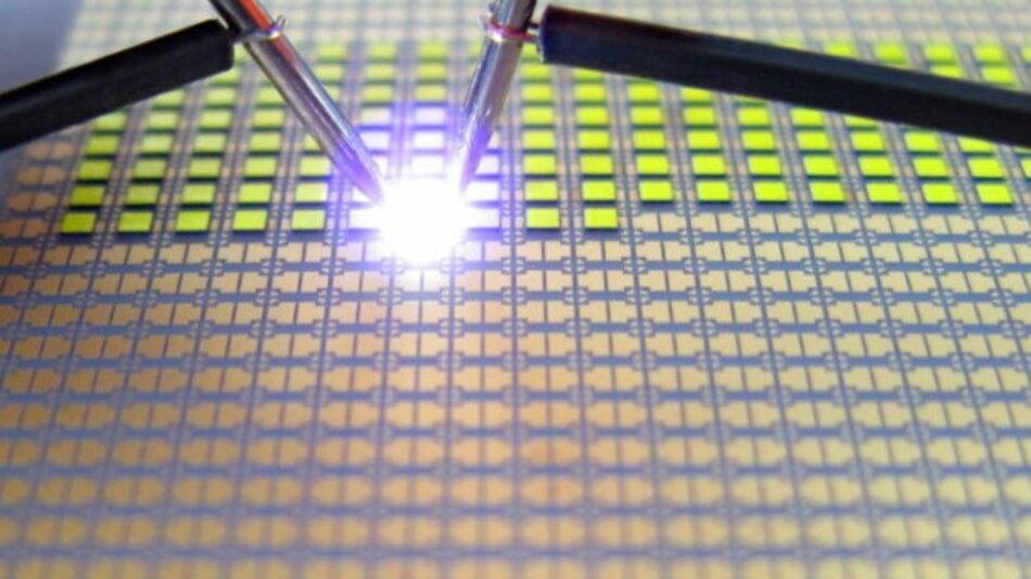 :»InteGreat« optimiert die einzelnen Teilschritte der LED-Fertigung, um innovative neue Prozesse zu entwickeln und somit auch die Herstellungskosten zu reduzieren