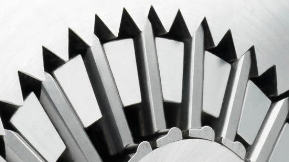 Getriebe-Kinematik neu gedacht: Dynamisierte Zähne, die um ein Polygon herum gruppiert sind, kennzeichnen die neue Getriebegattung von Wittenstein.