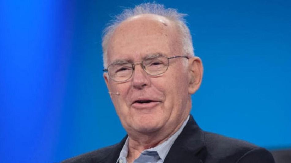 """Intels Ex-CEO Gordon Moore im Jahr 2015 - vor 50 Jahren beschrieb er das nach ihm benannte """"Mooresche Gesetz""""."""