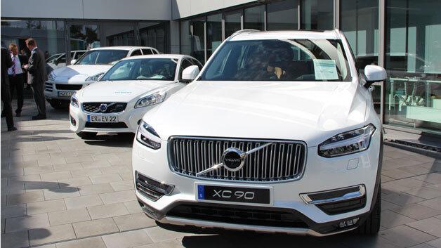 Volvo stattet seine Hybrid- und Elektrofahrzeuge mit elektrischen Antrieben von Siemens eCar Powertrain Systems aus.