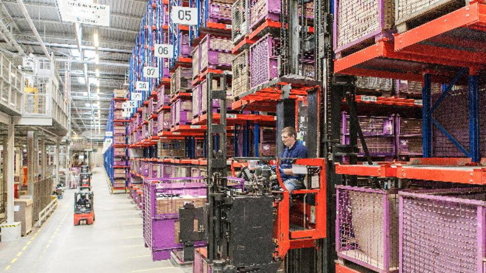 BMW erweitert seine Ersatzteil und Zubehör-Logistik.