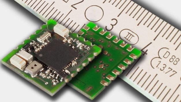 Das USM-MEMS-VOC von Unitronic misst nur 15 x 17 x 3 mm und verbraucht im Dauerbetrieb weniger als 14 mA Strom