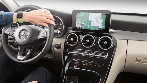 Mercedes-Benz entwickelt App für Apple Watch.