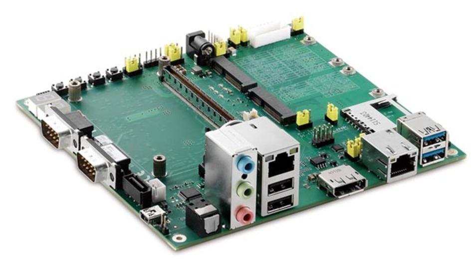 Zusätzlich zu seinen Standard-Baseboards – hier für COM Express Typ 10 – bietet Adlink auch die Entwicklung solcher Boards im Kundenauftrag an.