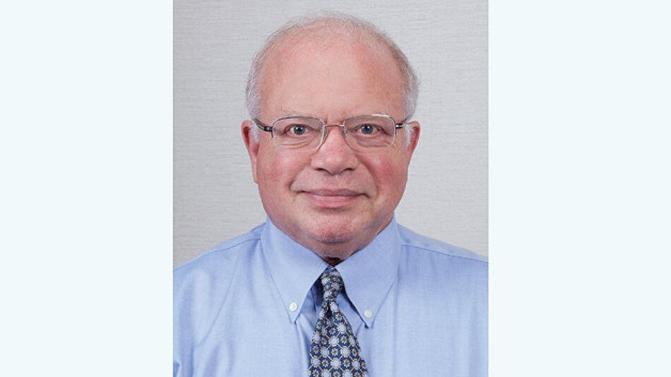 Bob Dobkin  ist Mitbegründer und Technischer Vorstand von Linear Technology und war bis 1999 für die Produktentwicklung des Unternehmens verantwortlich.
