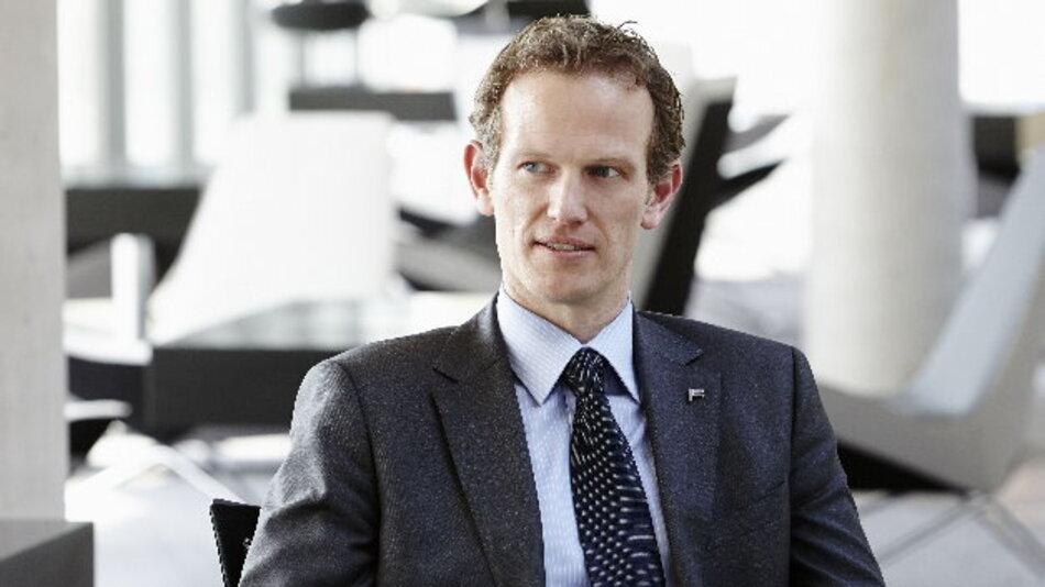 Markus Präßl, Vertriebsleiter und Mitglied der Geschäftsleitung bei Ferchau: »Wir vergüten konstant und kontinuierlich, auch bei Urlaub, Krankheit und auch bei projektfreien Zeiten.«