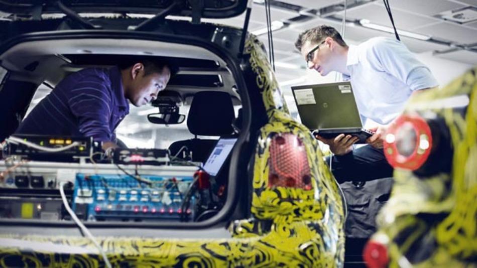 Attraktiver Arbeitgeber für Informatik-Studenten: BMW.