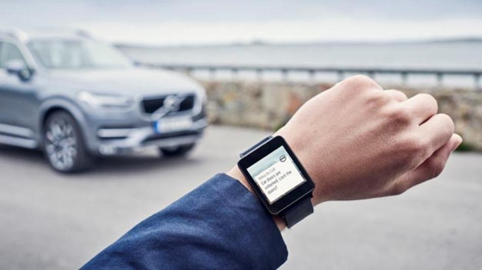Volvo on Call lässt sich Wearables wie der Apple Watch verbinden.