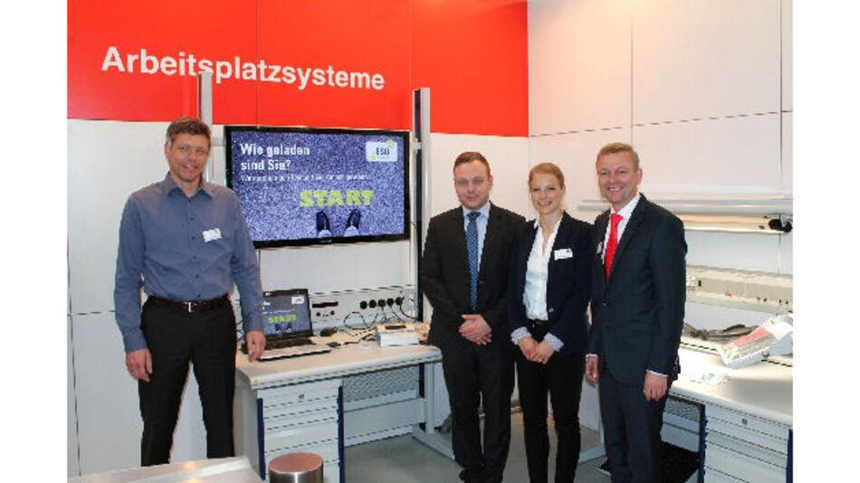 Deutsches ESD-Netzwerk: Christian Fleuren (nora systems), Philipp Keinath (Keinath Electronic), Jana Papendieck und Andreas F. Karl (Karl, v.l.n.r.)