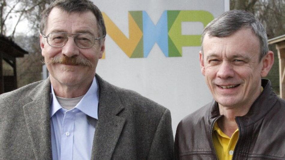 Für ihre Pionierarbeit zum Thema NFC wurden die NXP-Mitarbeiter Philippe Maugars (links) und Franz Amtmann mit dem Europäischen Erfinderpreis 2015 ausgzeichnet.