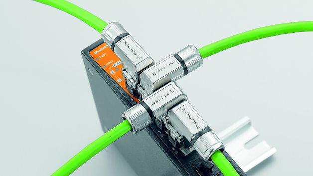 Passgenaue Leitungsführung: Die Kabel-Abgangsrichtung lässt sich in 90-Grad-Schritten flexibel einstellen.