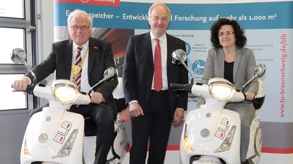 TU-Präsident Prof. Jürgen Hesselbach, BLB-Sprecher Prof. Arno Kwade und die Nieders. Ministerin für Wissenschaft und Kultur, Dr. Gabriele Heinen-Kljajić