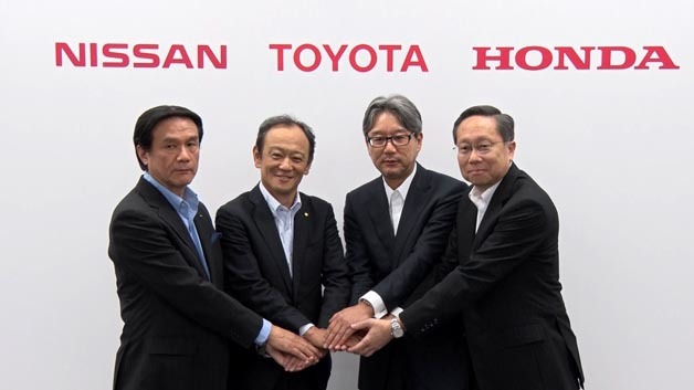 Alle für eine H2-Infrastruktur: Hitoshi Kawaguchi (Senior Vice President, Nissan), Kiyotaka Ise (Senior Managing Officer, TMC), Toshihiro Mibe (Operating Officer, Honda), Chihiro Tobe (Department Director, Hydrogen and Fuel Cell Promotion Office of Agency for Natural Resources and Energy)